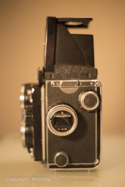Rolleiflex 2.8E - Side