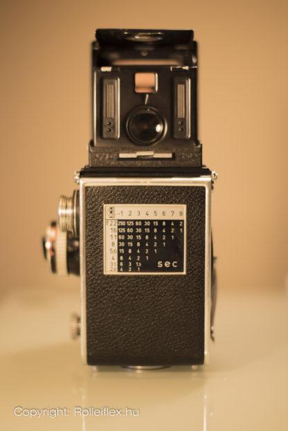 Rolleiflex 2.8E - Back