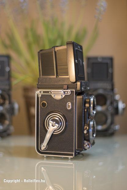 Rolleiflex T - Side